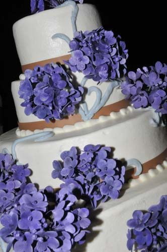 Custom Wedding Cake in Helen